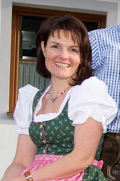 Renate Fischbacher · Bauernhofurlaub mit Halbpension am Marchlhof in Untertauern, Salzburger Land